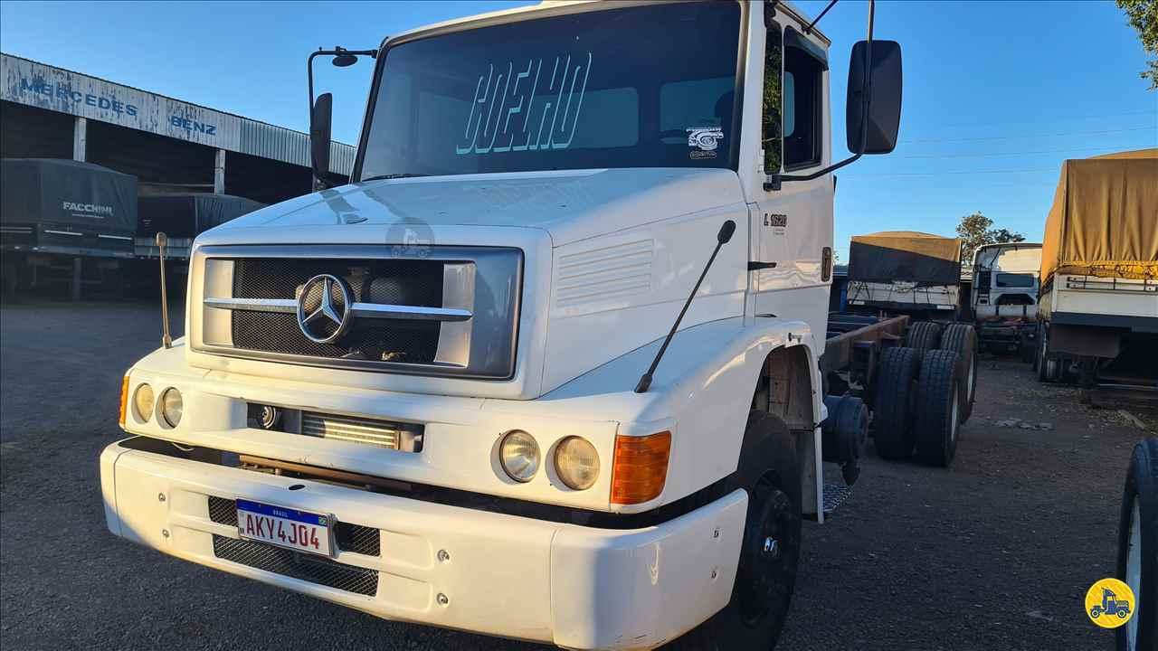 CAMINHAO MERCEDES-BENZ MB 1620 Chassis Truck 6x2 Indio Bandeira Caminhões CAMPO MOURAO PARANÁ PR