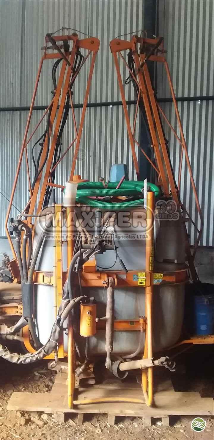 PULVERIZADOR JACTO CONDOR 800 AM14 Acoplado Hidráulico Maxifer Máquinas Agrícolas CAMPINAS DO SUL RIO GRANDE DO SUL RS