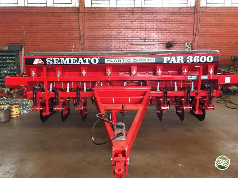 PLANTADEIRA SEMEATO PAR 3600 Sempre Nova Máquinas e Implementos Agrícolas PASSO FUNDO RIO GRANDE DO SUL RS