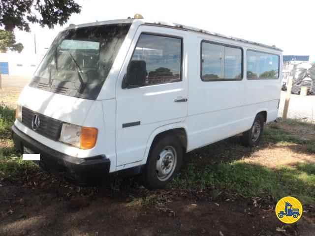 MERCEDES-BENZ MB 180 Van  1994/1994 Geraldo Caminhões