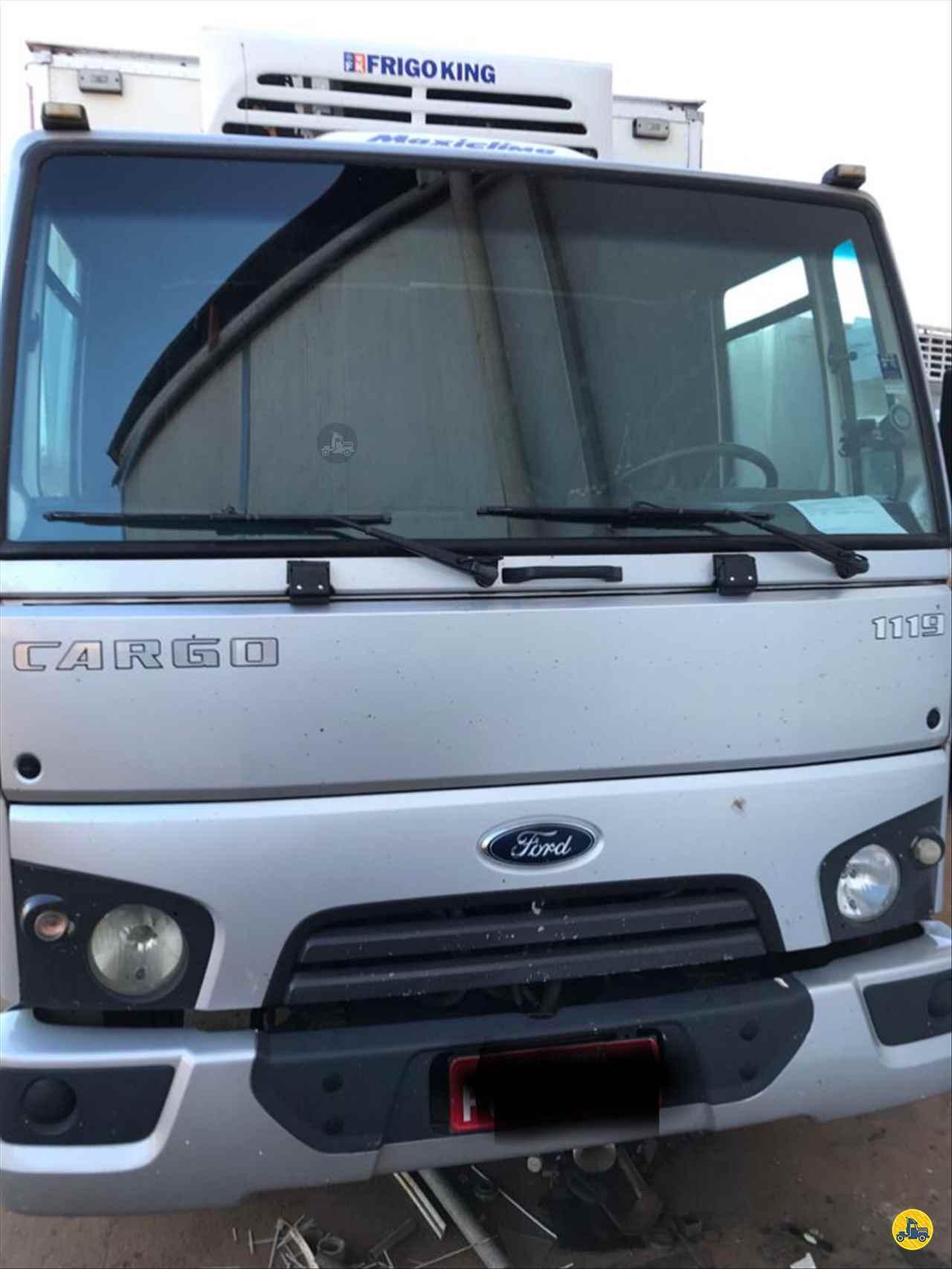 CAMINHAO FORD CARGO 1119 Baú Frigorífico Toco 4x2 Geraldo Caminhões PATOS DE MINAS MINAS GERAIS MG