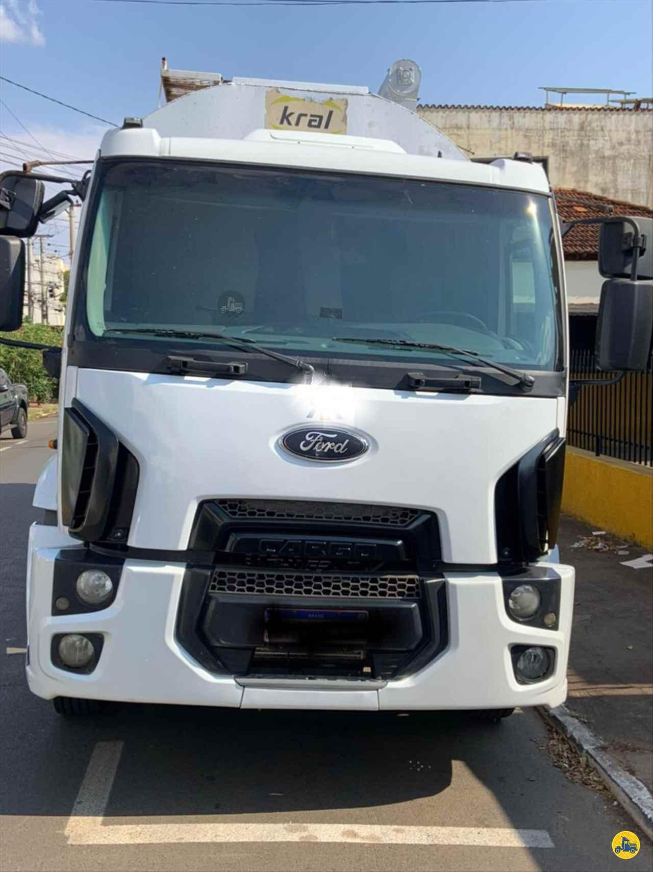 CAMINHAO FORD CARGO 2429 Silo BiTruck 8x2 Geraldo Caminhões PATOS DE MINAS MINAS GERAIS MG