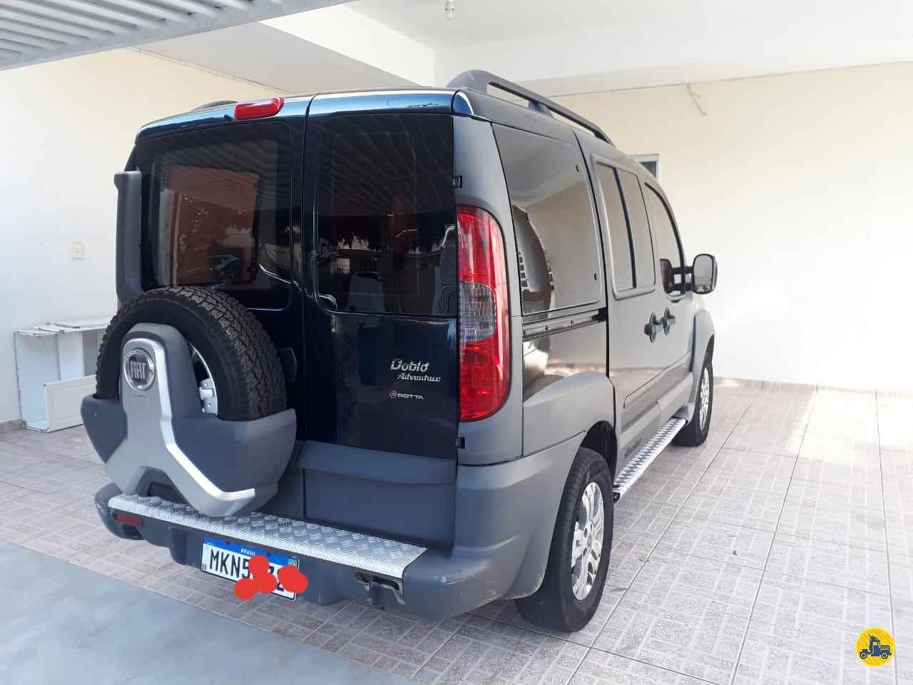 CARRO FIAT Doblo 1.8 Adventure Edmilson Caminhões Usados UMUARAMA PARANÁ PR