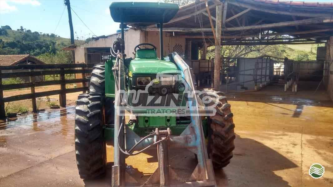 JOHN DEERE JOHN DEERE 5605  2008/2008 Luizinho Tratores