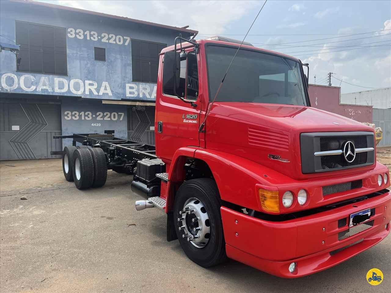 CAMINHAO MERCEDES-BENZ MB 1620 Chassis Truck 6x2 Gaúcho Caminhões ANAPOLIS GOIAS GO