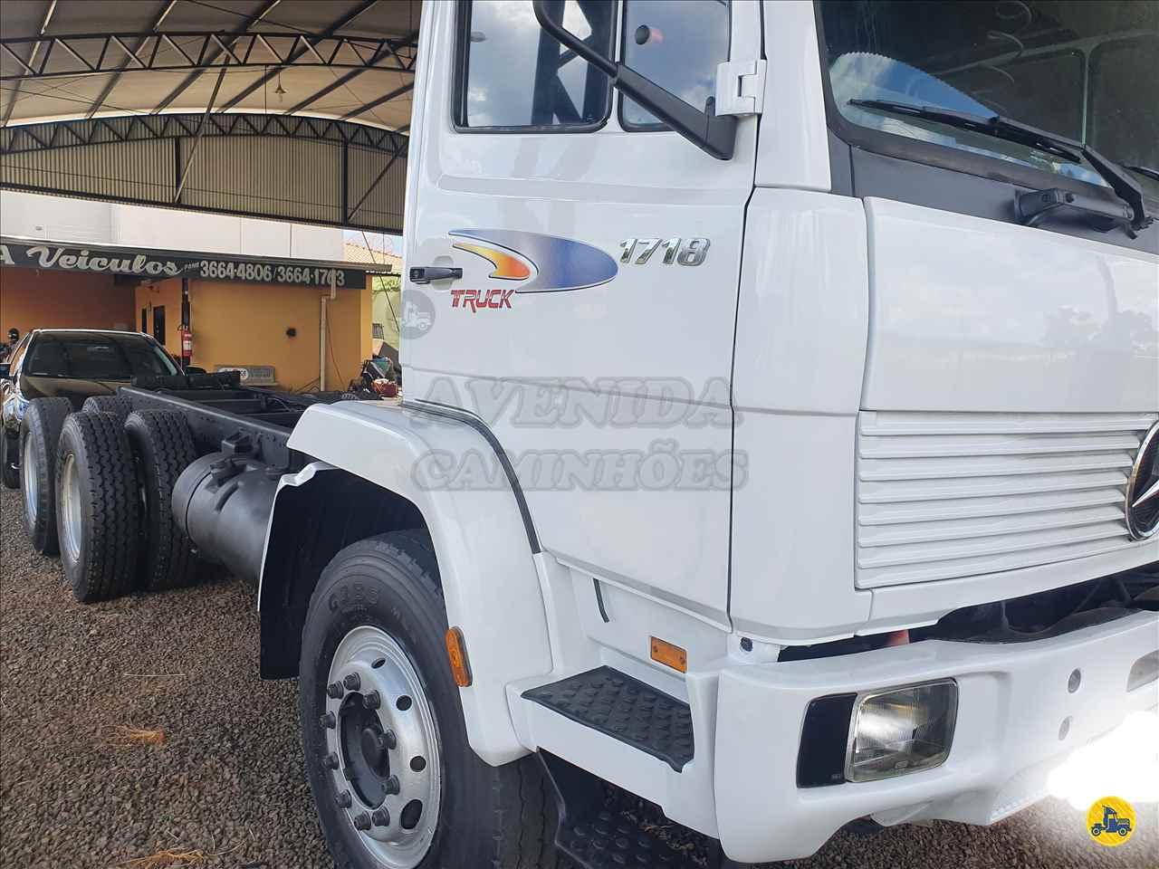 CAMINHAO MERCEDES-BENZ MB 1718 Chassis Truck 6x2 Avenida Caminhões BRODOWSKI SÃO PAULO SP