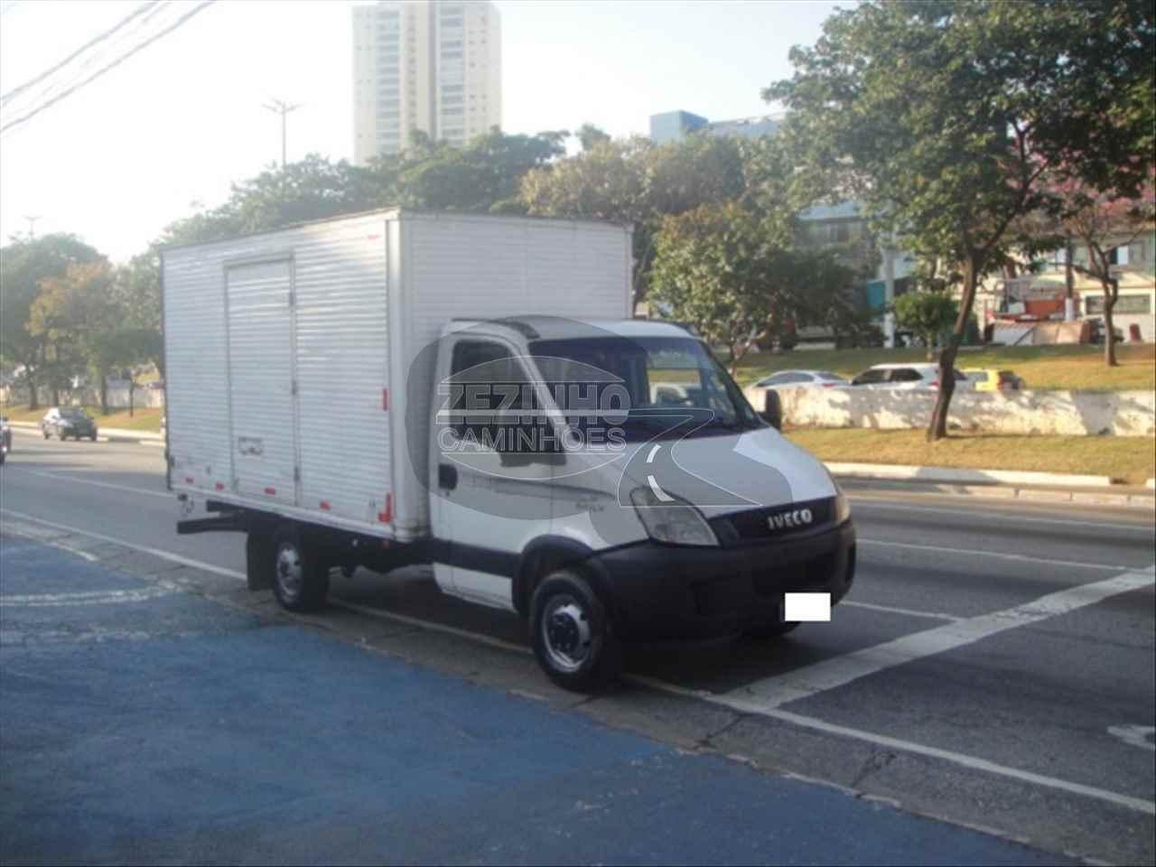 CAMINHAO IVECO DAILY 35s14 Baú Furgão 3/4 4x2 Zezinho Caminhões SAO PAULO SÃO PAULO SP