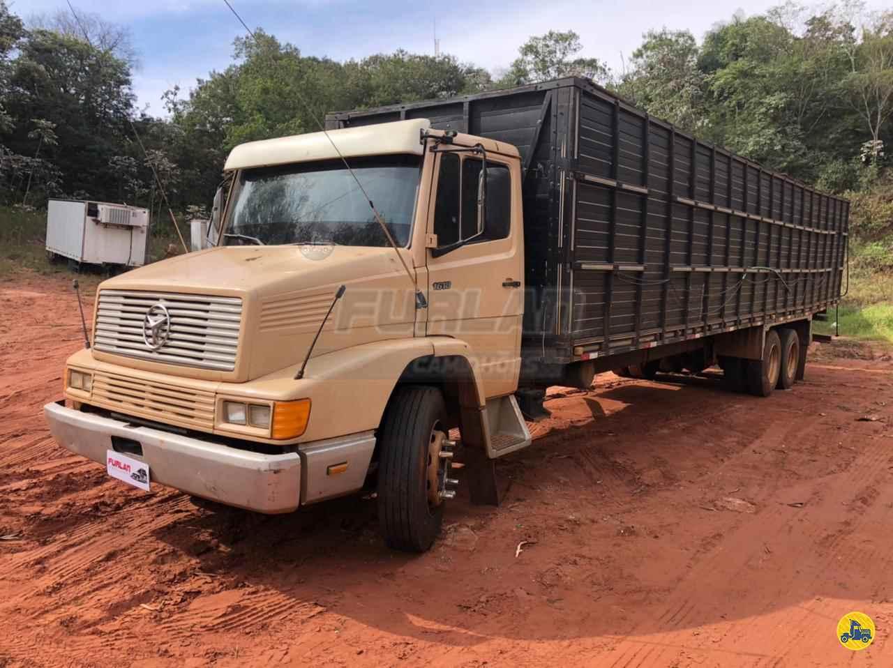 CAMINHAO MERCEDES-BENZ MB 1618 Boiadeiro Truck 6x2 Furlan Caminhões UMUARAMA PARANÁ PR