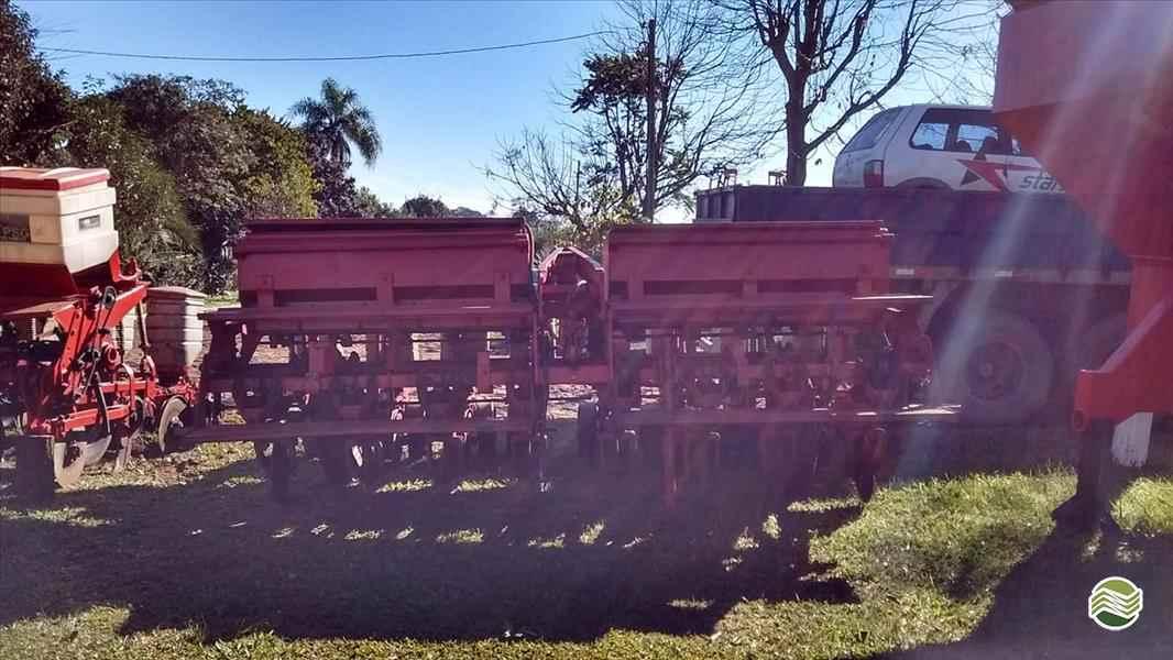PLANTADEIRA SEMEATO SEMEATO PSE 8 Starmaq Implementos Agrícolas CRUZ ALTA RIO GRANDE DO SUL RS