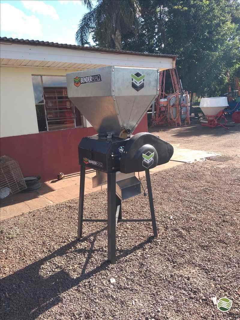 IMPLEMENTOS AGRICOLAS BENEFICIADORA DE GRÃOS ABANADOR DE GRÃOS Starmaq Implementos Agrícolas CRUZ ALTA RIO GRANDE DO SUL RS