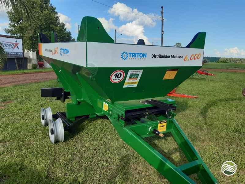 DISTRIBUIDOR CALCÁRIO 6000 Kg  2020 Starmaq Implementos Agrícolas