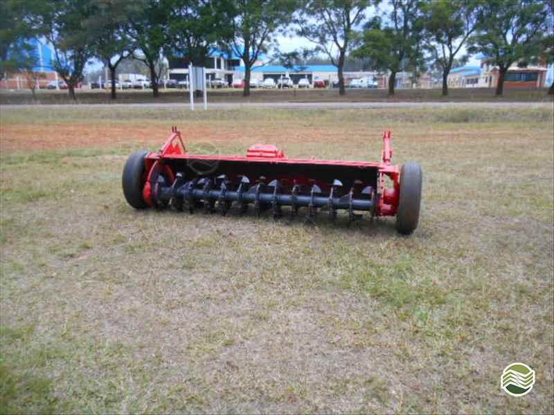 IMPLEMENTOS AGRICOLAS ENXADA ROTATIVA ENXADA ROTATIVA Starmaq Implementos Agrícolas CRUZ ALTA RIO GRANDE DO SUL RS