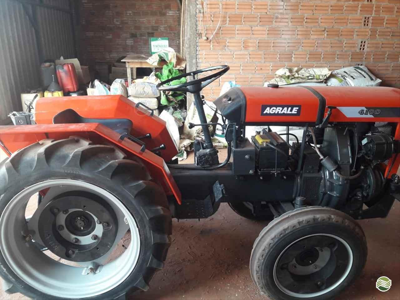 AGRALE AGRALE 4100  1975/1975 Camtrac Máquinas Agrícolas