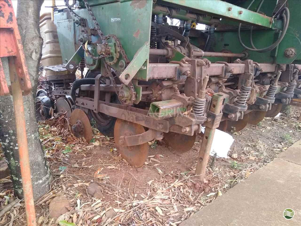 IMPLEMENTOS AGRICOLAS CARRETA AGRÍCOLA CARRETA BASCULANTE Agrima Implementos Agrícolas MARINGA PARANÁ PR
