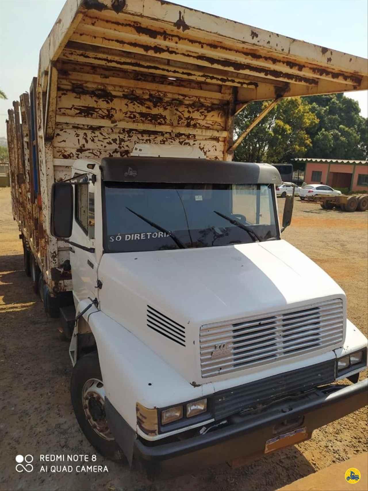 CAMINHAO MERCEDES-BENZ MB 2635 Plataforma Traçado 6x4 AutoVia Caminhões ARARAQUARA SÃO PAULO SP