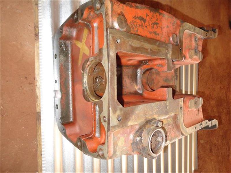Revendedores Ferro Tractor Peças Usadas Tratores Agricolas Lataria / Cabine / Chassi  VARZEA GRANDE MATO GROSSO