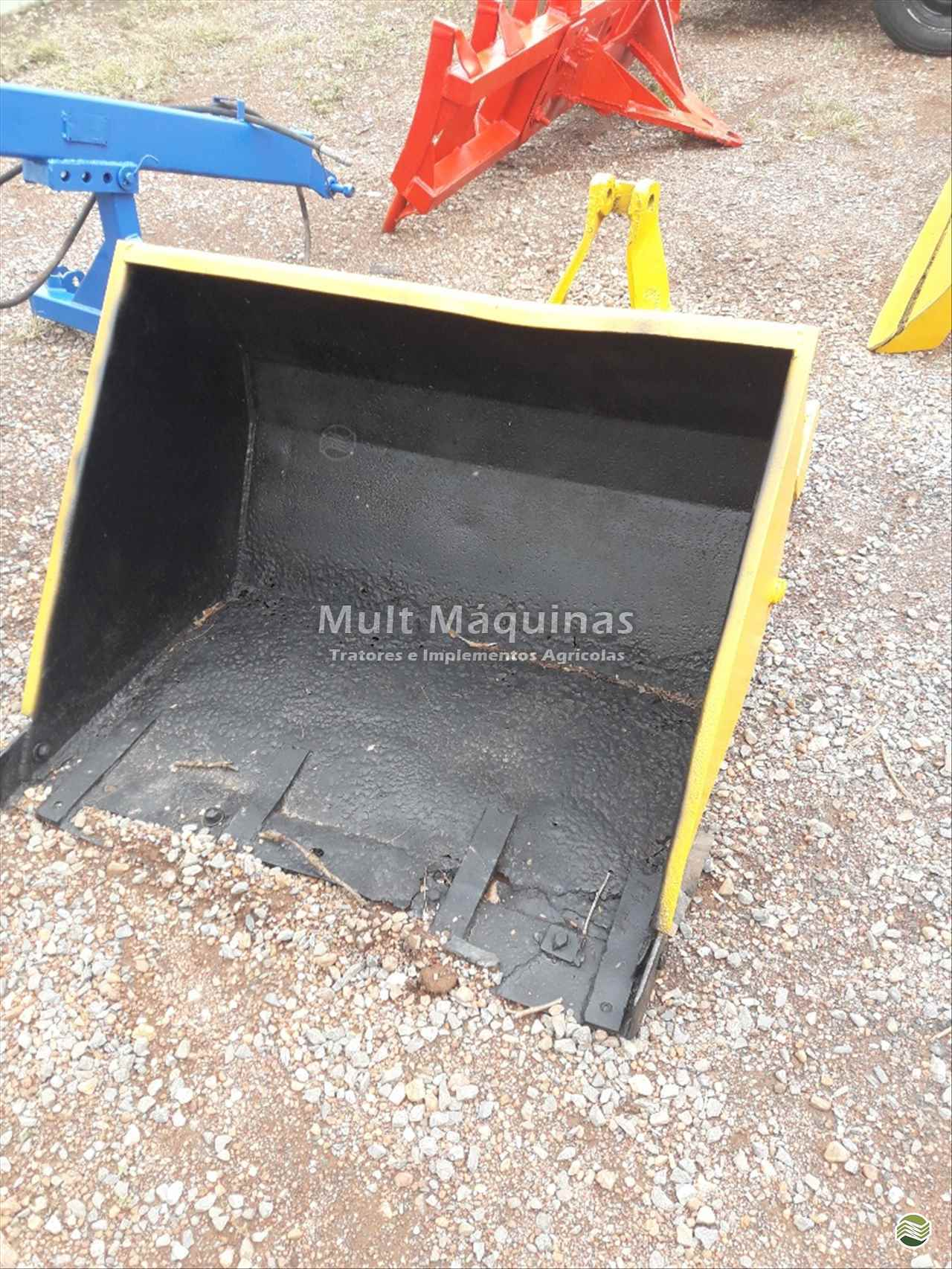 CONCHA HIDRÁULICA CONCHA TRASEIRA  2010 Mult Máquinas