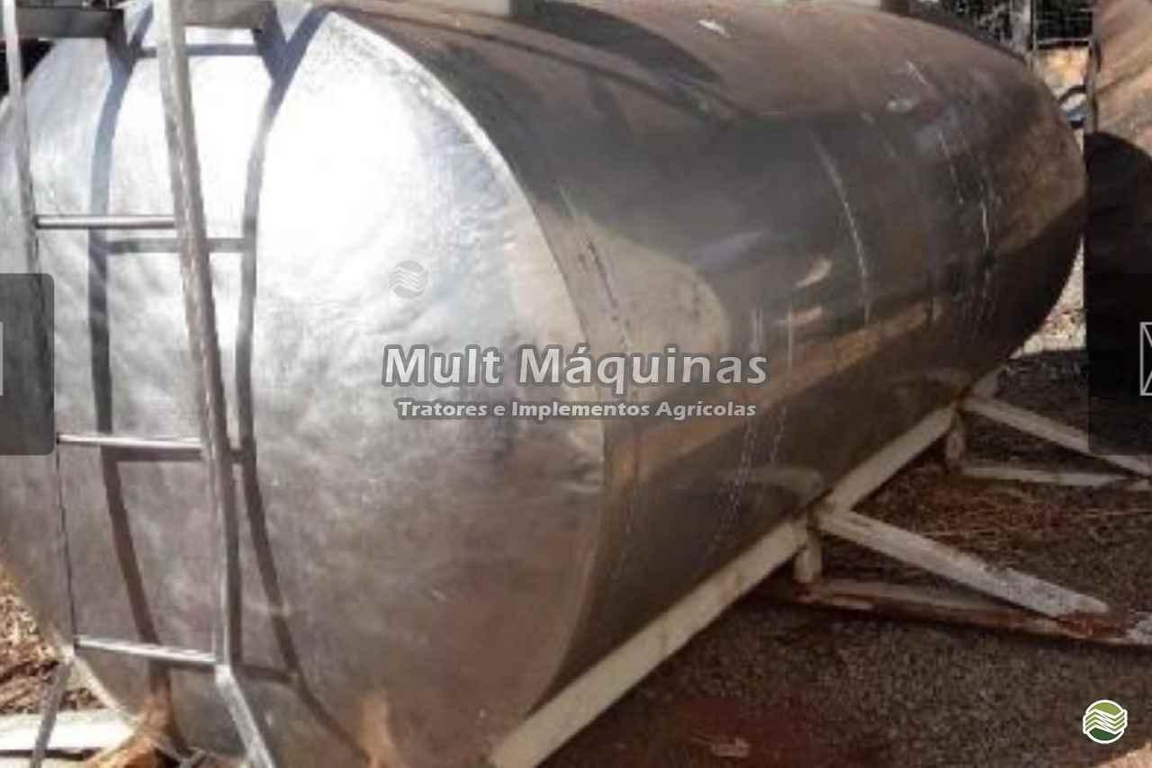 IMPLEMENTOS AGRICOLAS CARRETA TANQUE TANQUE 3500 LITROS Mult Máquinas CUIABA MATO GROSSO MT