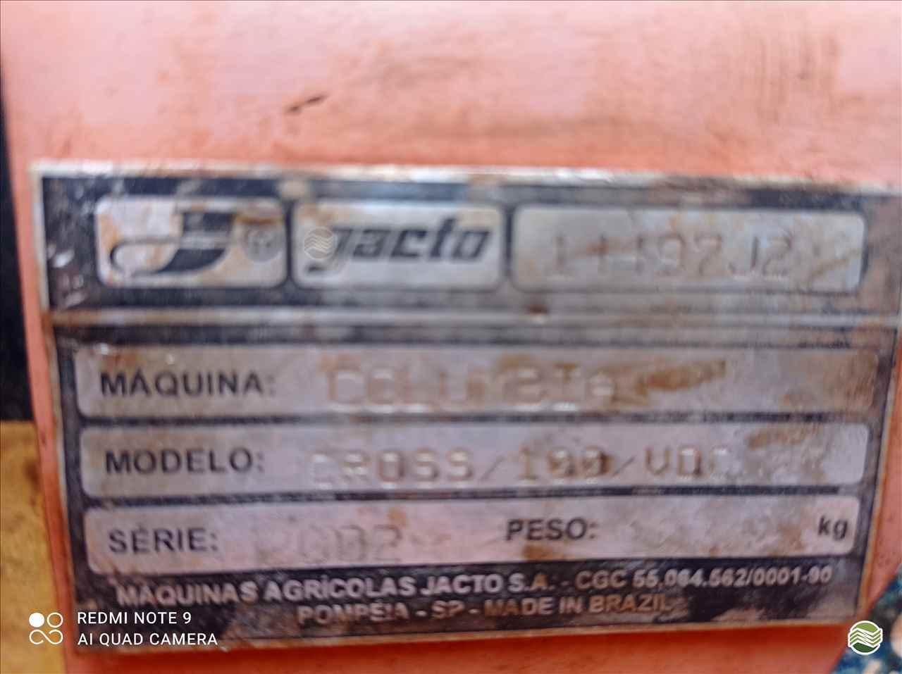 PULVERIZADOR JACTO COLUMBIA CROSS Arrasto Mezenga Máquinas DOURADOS MATO GROSSO DO SUL MS