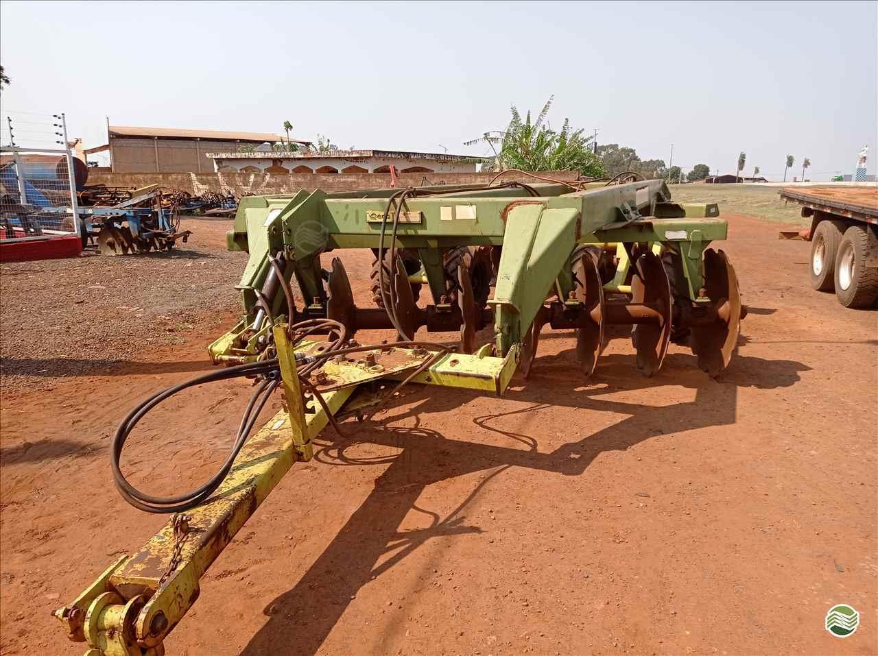 IMPLEMENTOS AGRICOLAS GRADE ARADORA ARADORA 16 DISCOS Mezenga Máquinas DOURADOS MATO GROSSO DO SUL MS