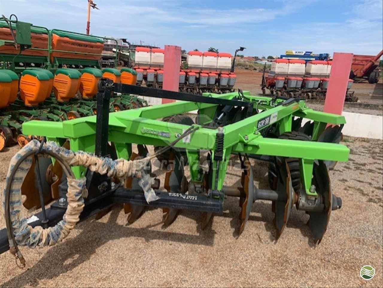 IMPLEMENTOS AGRICOLAS GRADE INTERMEDIÁRIA INTERMEDIÁRIA 18 DISCOS Supra Máquinas LUCAS DO RIO VERDE MATO GROSSO MT