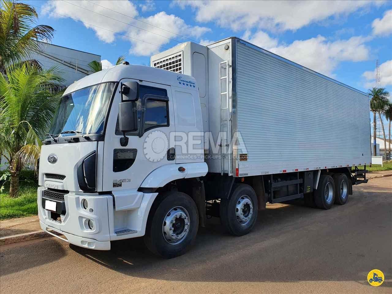 CAMINHAO FORD CARGO 2423 Baú Frigorífico BiTruck 8x2 Rema Caminhões - MS CAMPO GRANDE MATO GROSSO DO SUL MS