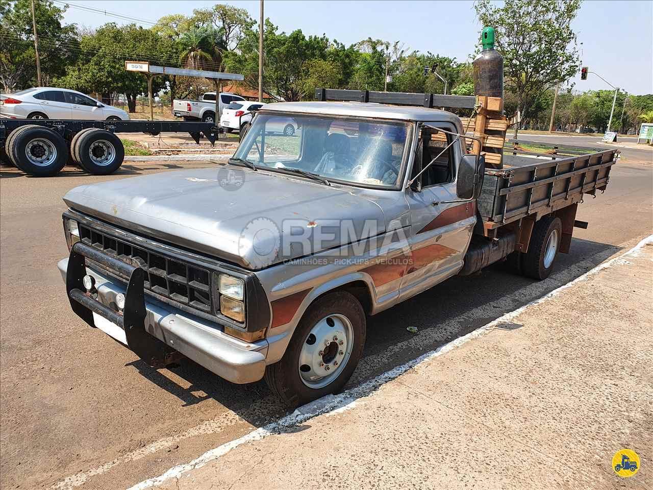 CAMINHAO FORD F4000 Carga Seca 3/4 4x2 Rema Caminhões - MS CAMPO GRANDE MATO GROSSO DO SUL MS