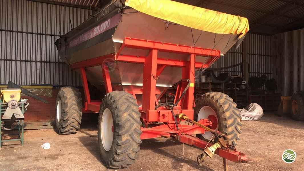 IMPLEMENTOS AGRICOLAS CARRETA BAZUKA GRANELEIRA 20000 GPS Máquinas CAMPO VERDE MATO GROSSO MT