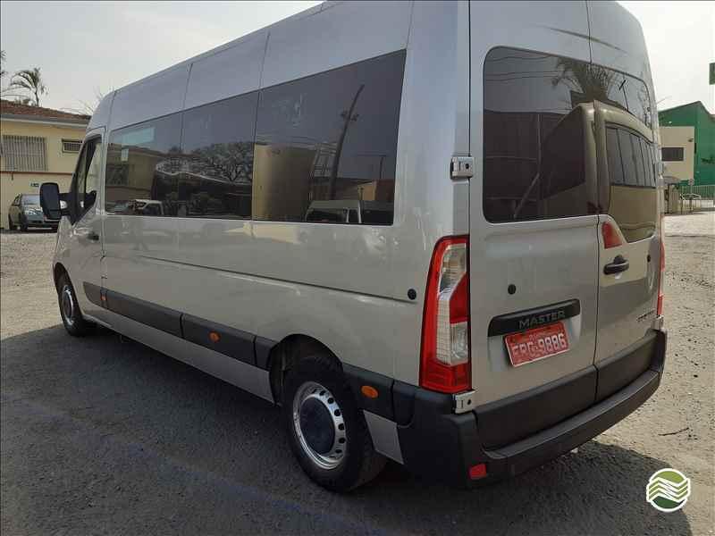 RENAULT Master Minibus 2.8  2016/2017 Sumaré Máquinas e Veículos