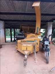 TRITURADOR LIMPEZA TRITURADOR DE ARRASTO  2000 Sumaré Máquinas e Veículos