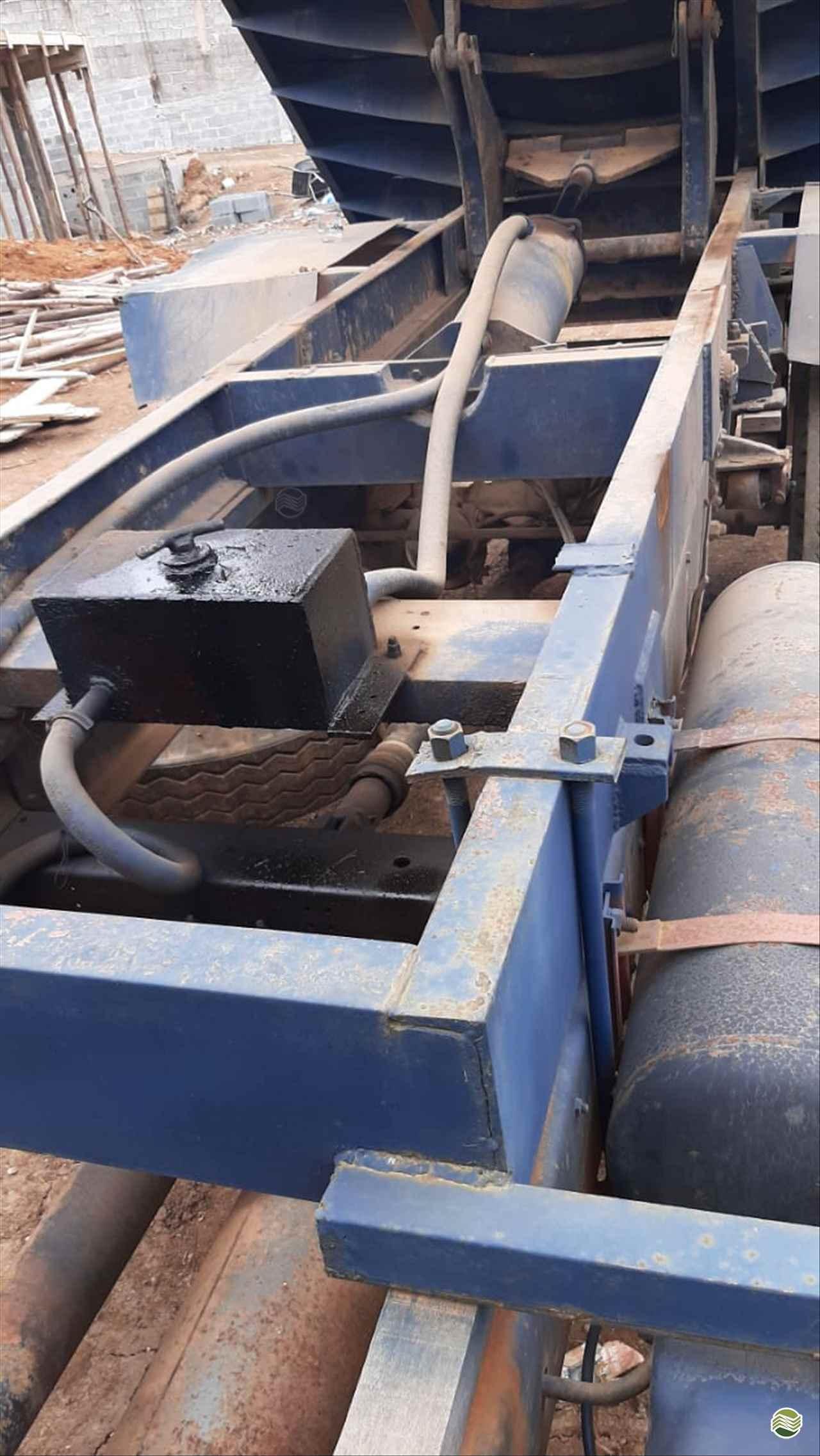 TOCO BASCULANTE  2002 Sumaré Máquinas e Veículos