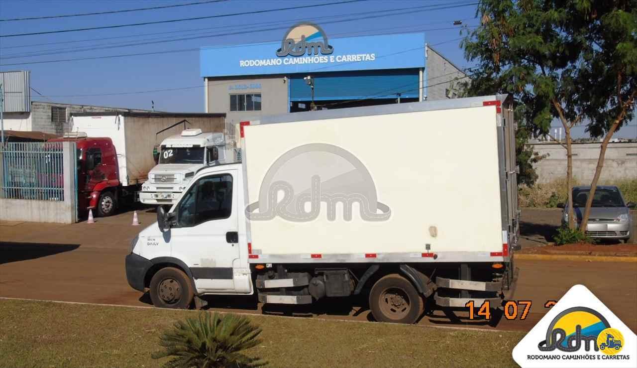 CAMINHAO IVECO DAILY 55c16 Baú Frigorífico Toco 4x2 Rodomano Caminhões e Carretas RIO VERDE GOIAS GO