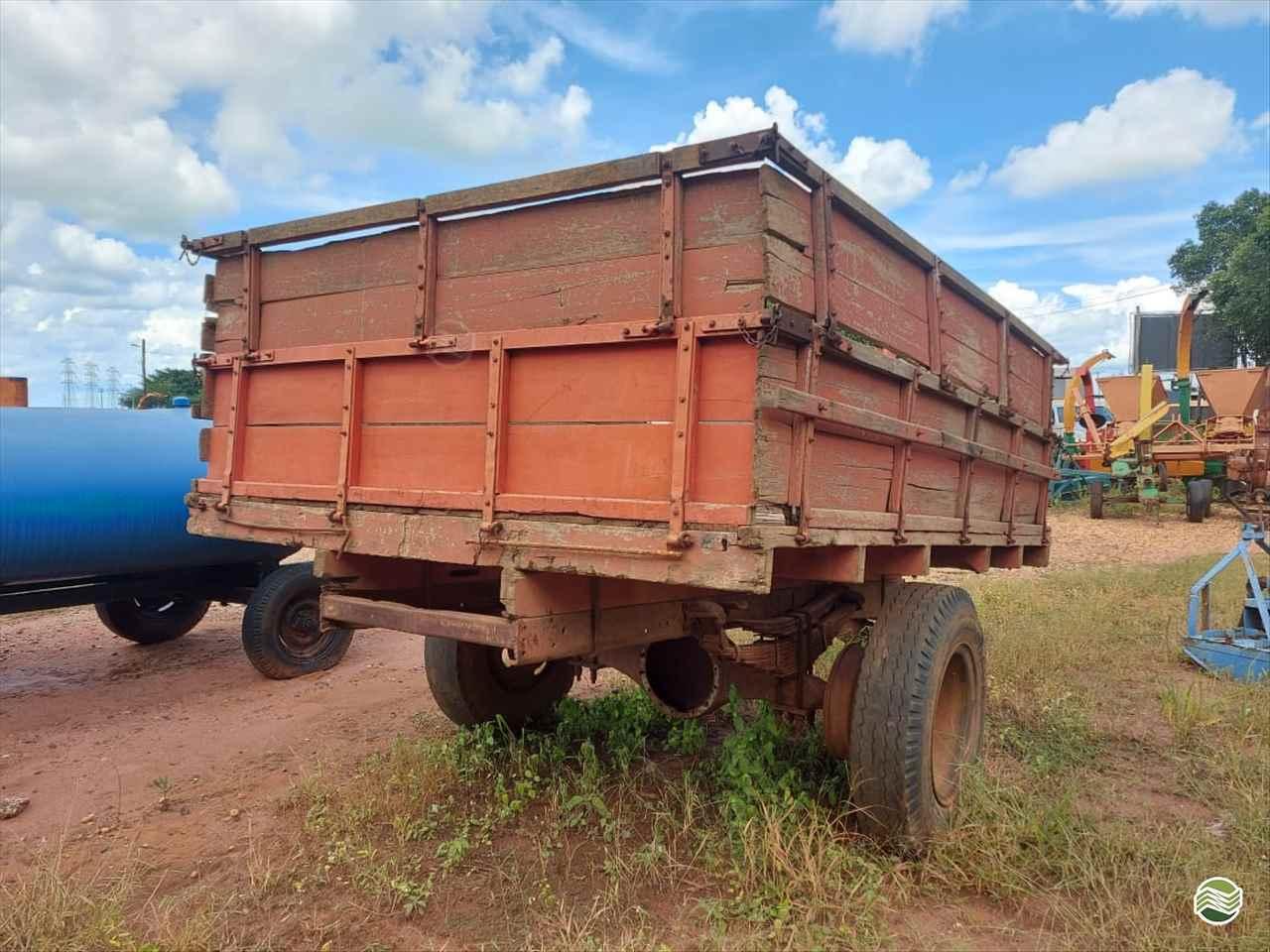 CARRETA CARROCERIA de Terra Santa Implementos Agrícolas - BEBEDOURO/SP