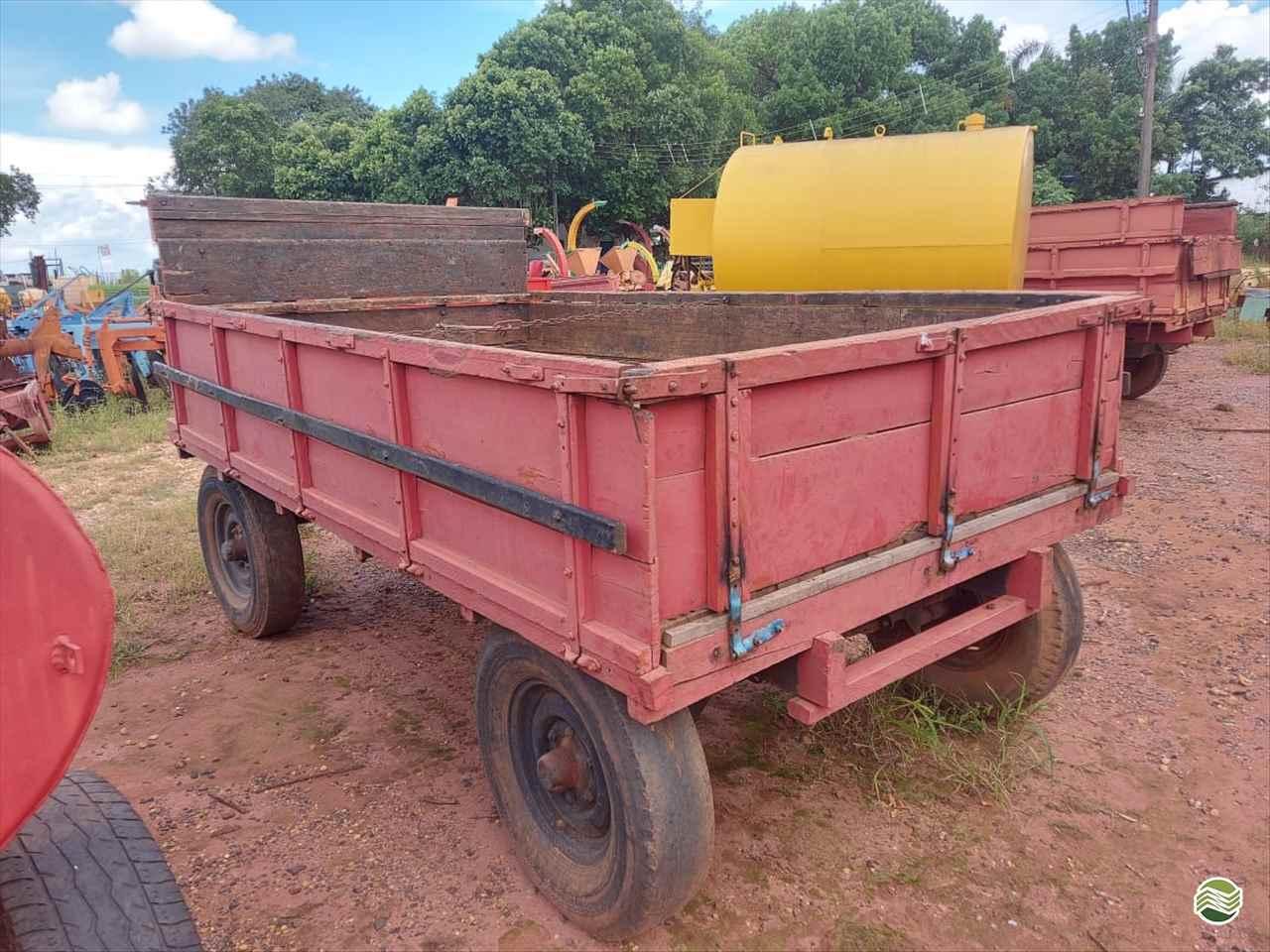CARRETA AGRÍCOLA CARRETA CARROCERIA  20 Terra Santa Implementos Agrícolas