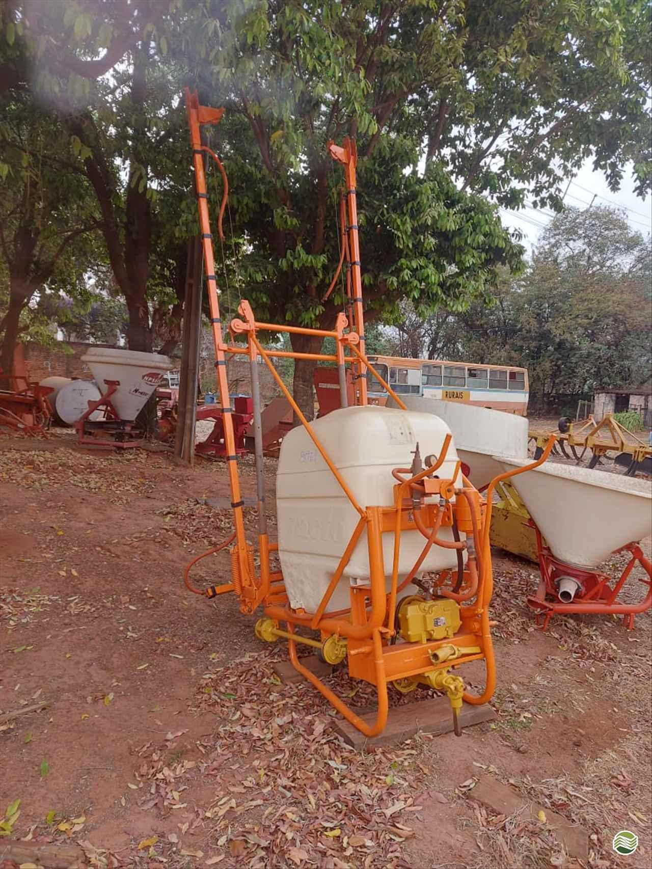 PULVERIZADOR JACTO TANQUE Acoplado Hidráulico Terra Santa Implementos Agrícolas BEBEDOURO SÃO PAULO SP