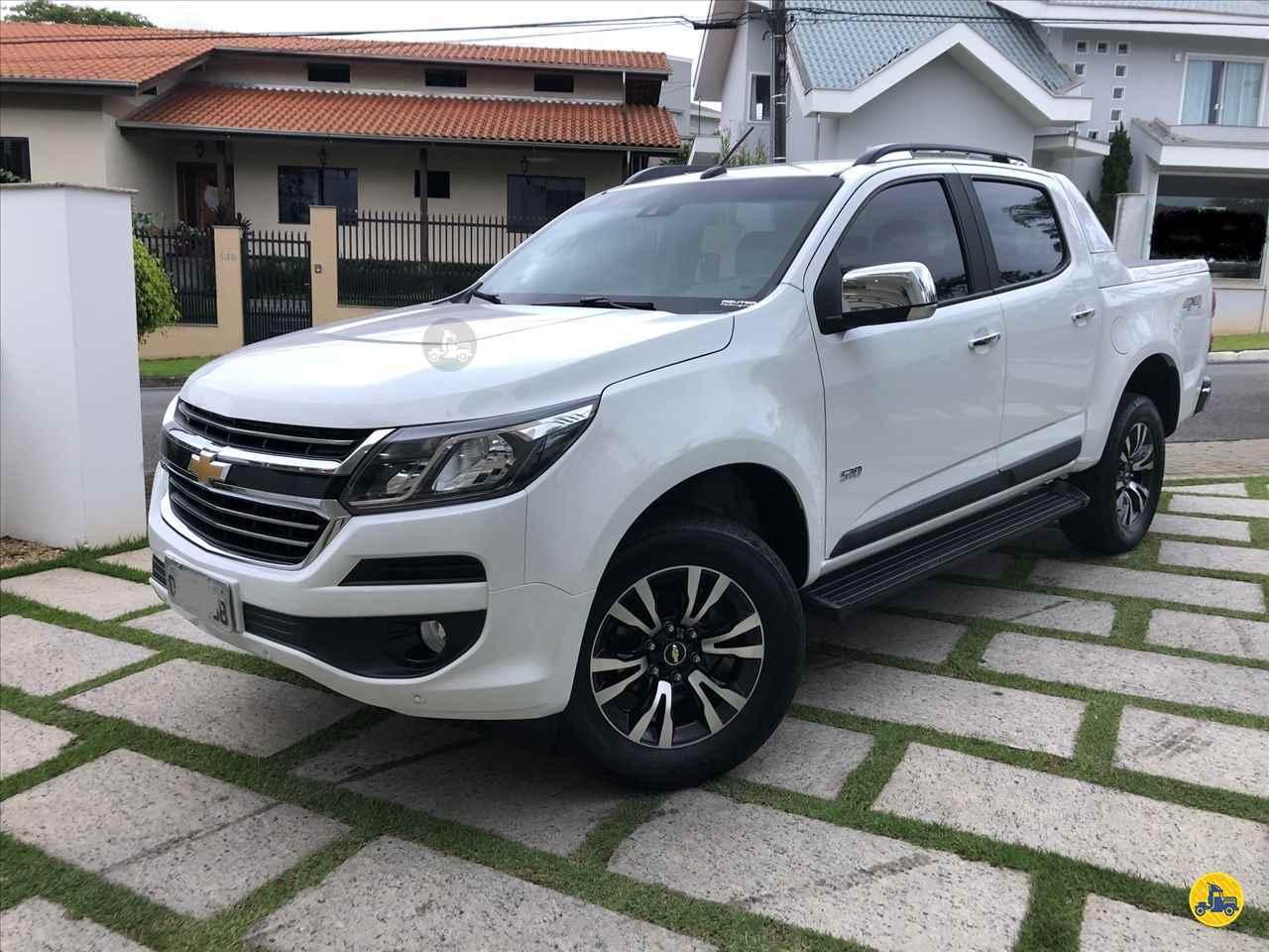 GM - Chevrolet S10 2.8 CD LTZ 44000km 2017/2018 Divisa Caminhões