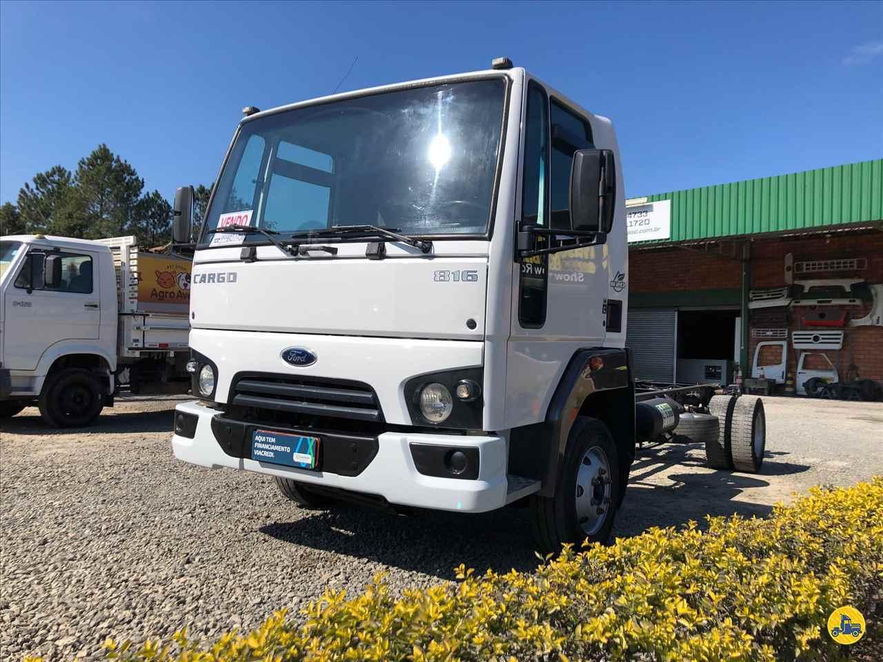 CAMINHAO FORD CARGO 816 Conteiner 20 Pés 3/4 4x2 Divisa Caminhões INDAIAL SANTA CATARINA SC