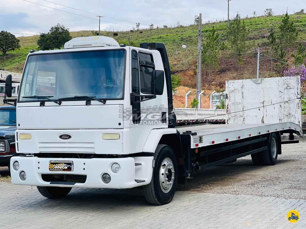 CAMINHAO FORD CARGO 1215 Plataforma Guincho Toco 4x2 MGK Automóveis IBIRAMA SANTA CATARINA SC