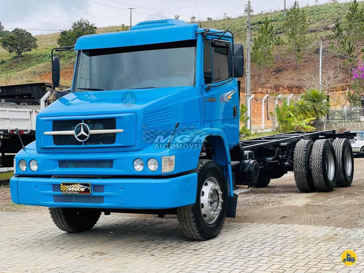 CAMINHAO MERCEDES-BENZ MB 1620 Carga Seca Truck 6x2 MGK Automóveis IBIRAMA SANTA CATARINA SC