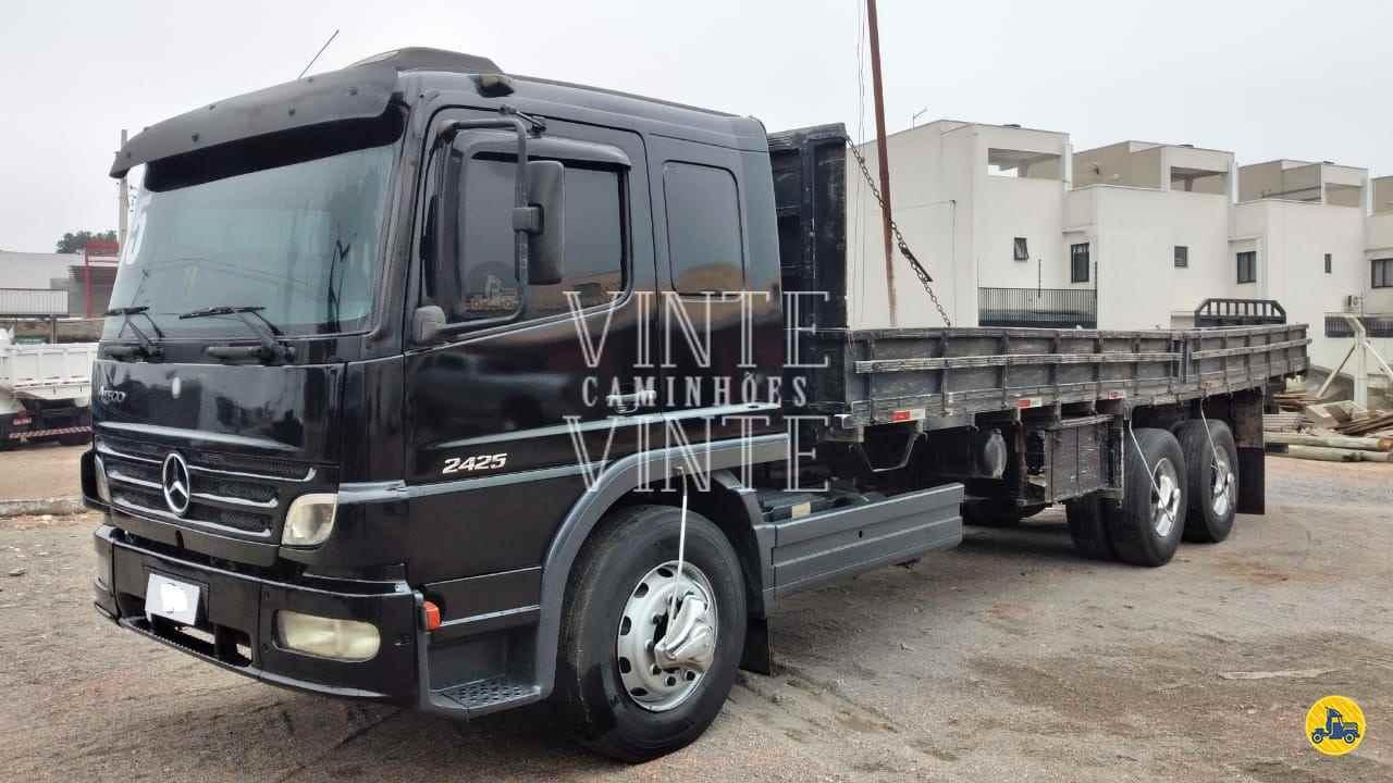 MB 2425 de Vinte-Vinte Caminhões - SANTO ANDRE/SP