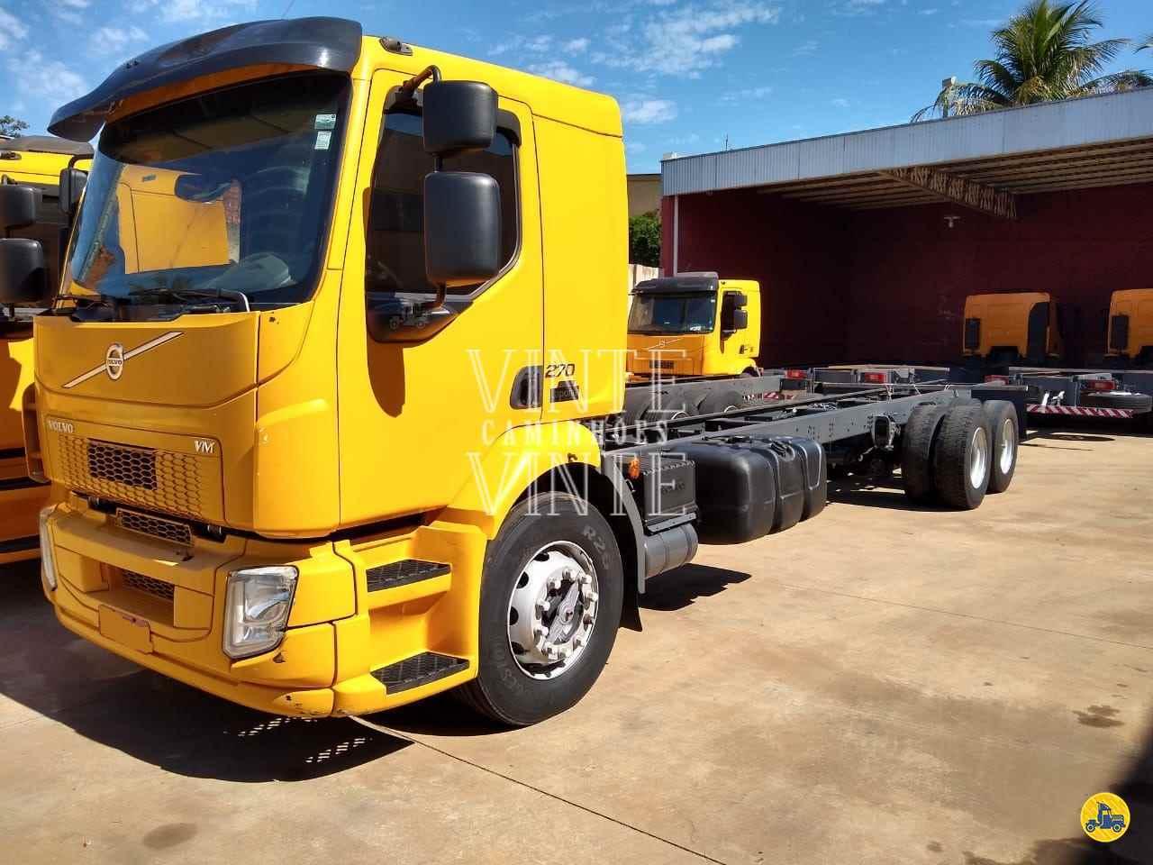 CAMINHAO VOLVO VOLVO VM 270 Chassis Truck 6x2 Vinte-Vinte Caminhões SANTO ANDRE SÃO PAULO SP