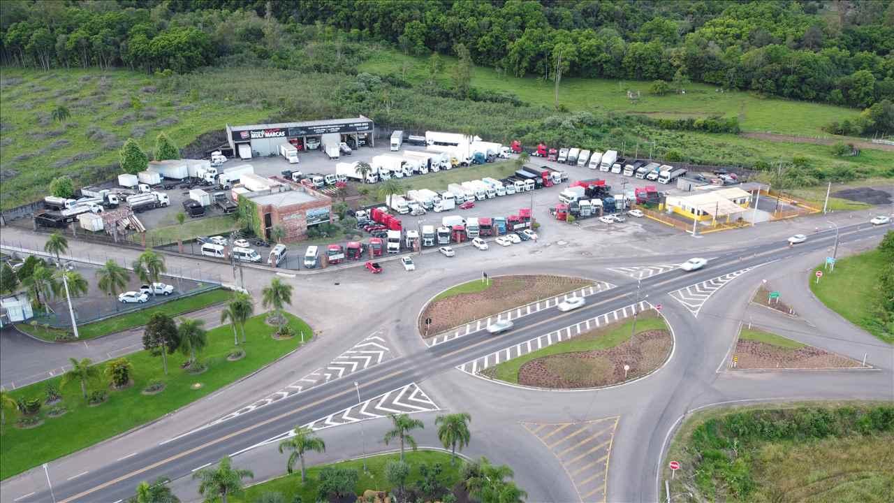 Foto da Loja da Fernando Caminhões