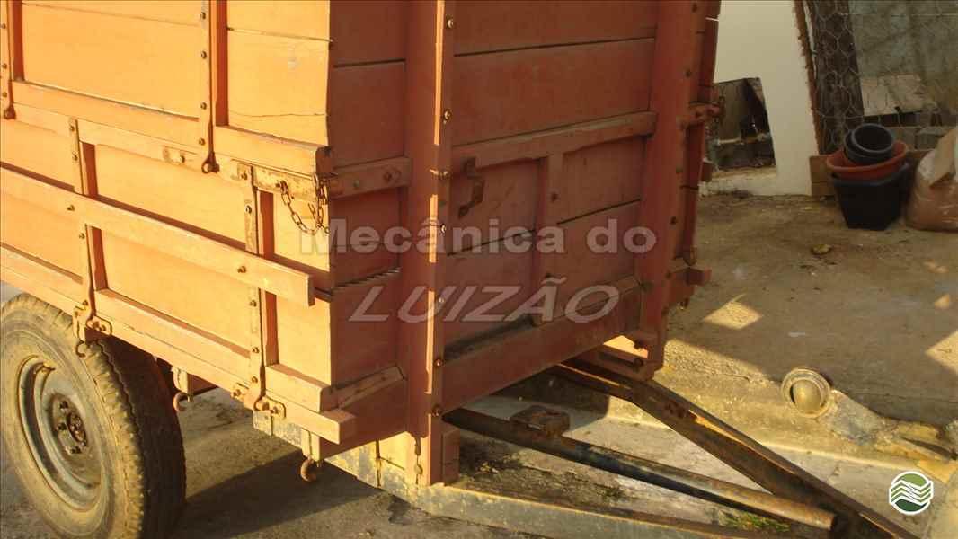 CARRETA AGRÍCOLA CARRETA CARROCERIA  2000 Mecânica do Luizão