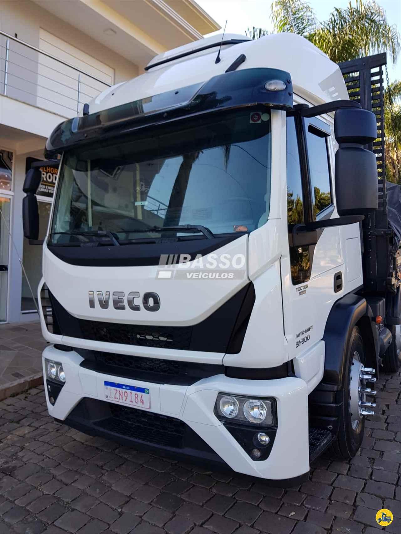 CAMINHAO IVECO TECTOR 310E30 Carga Seca BiTruck 8x2 Basso Veículos GARIBALDI RIO GRANDE DO SUL RS