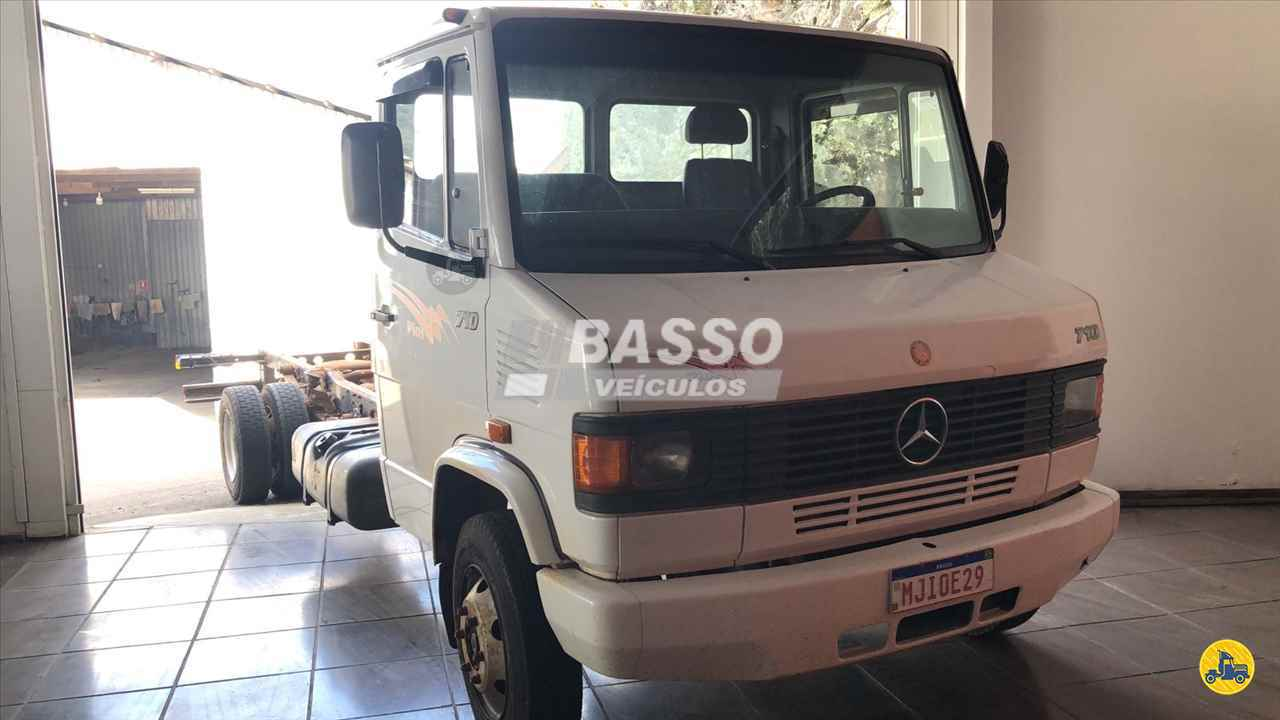 CAMINHAO MERCEDES-BENZ MB 710 Chassis 3/4 4x2 Basso Veículos GARIBALDI RIO GRANDE DO SUL RS
