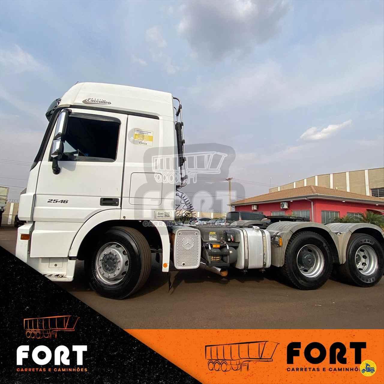 CAMINHAO MERCEDES-BENZ MB 2546 Cavalo Mecânico Truck 6x2 Fort Carretas e Caminhões CRAVINHOS SÃO PAULO SP
