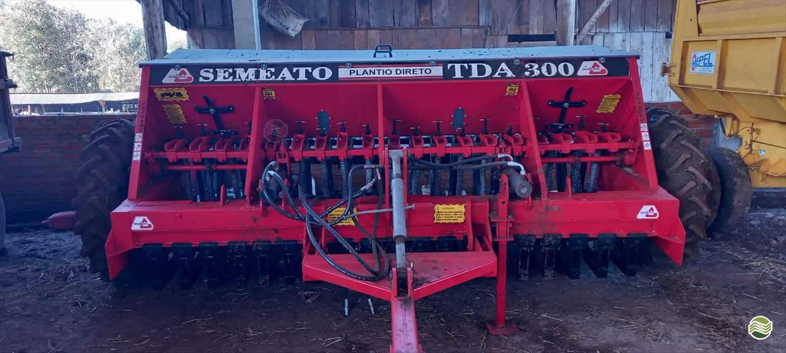 SEMEADEIRA SEMEATO TD 300 Agrocia Implementos Agricolas AJURICABA RIO GRANDE DO SUL RS