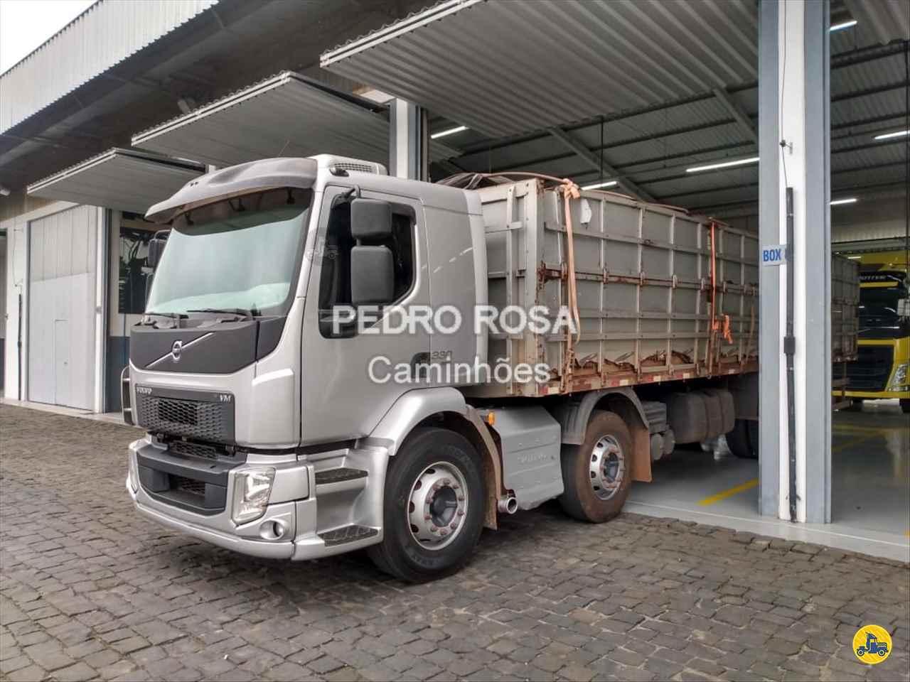 VOLVO VM 330 de Pedro Rosa Caminhões - PICARRAS/SC