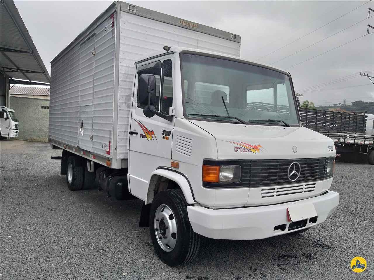 MB 710 de Schroeder Caminhões - ITUPORANGA/SC