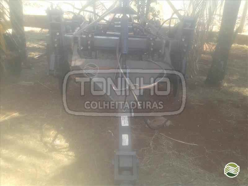 SUBSOLADOR 5 HASTES DISCO CORTE  2000 Toninho Colheitadeiras